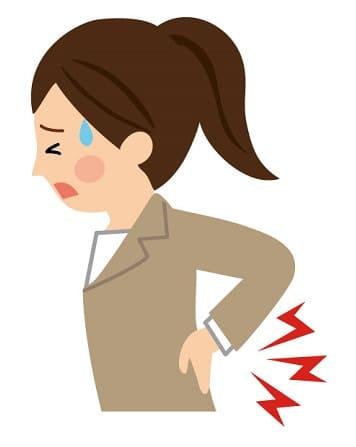 腰痛で冷や汗の女性